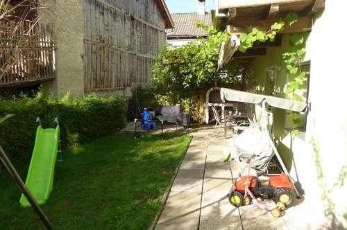 Ruhiges Schmuckstück mit gemütlichen Garten