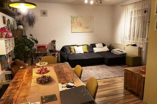 Entzückendes Eigenheim mit Loggia und Tiefgarage - sofort beziehbar!