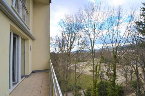 Ausblick zum bunten Rosarium/Doblhoffpark!
