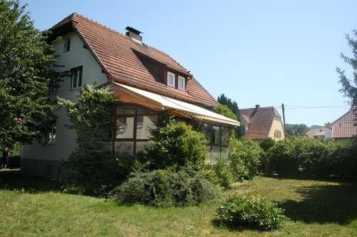 Bezauberndes Häuschen in Toplage - Renovierungbedürftig