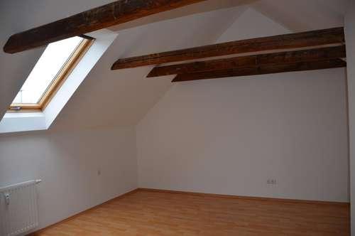Charmanter Dachgeschosstraum in spezieller Ausführung