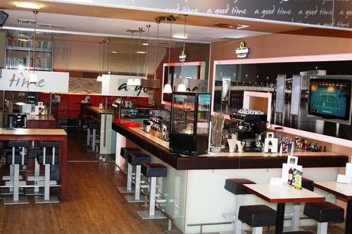 Cafe Bar in Toplage für beste Umsätze
