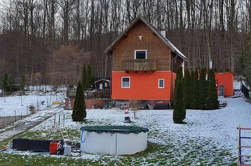 Einfamilienhaus mit Garage in ruhiger Lage!