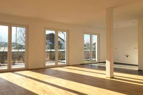 PROVISIONSFREI - Sonniges Traumhaus mit großzügigem Studio