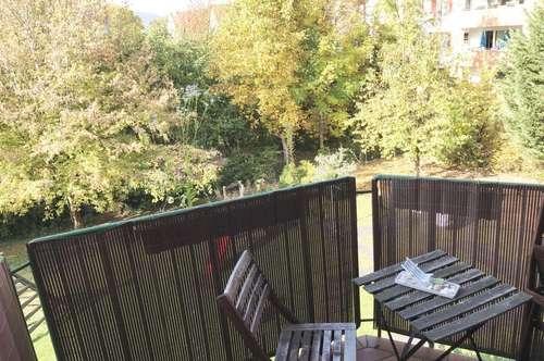 Freundliche Pärchen Wohnung mit herrlichem Balkon