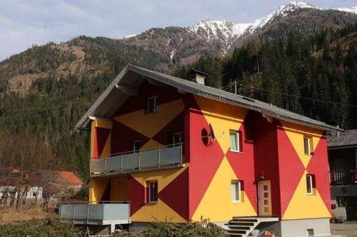 Saniertes Einfamilienwohnhaus mit großem Grundstück