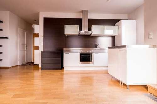 *Lichterfüllt und modern* Wohnen im idyllischen Weinanbaugebiet - Garagenplatz inklusive!