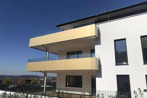 ERSTBEZUG: Wohntraum mit südwestseitiger Terrasse + Blick am Attersee