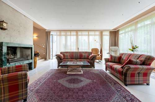 Traumhafte Villa mit hochwertiger Möblierung!
