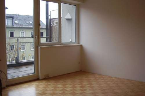 Wohnung in TOP Lage - nähe Bahnhof !