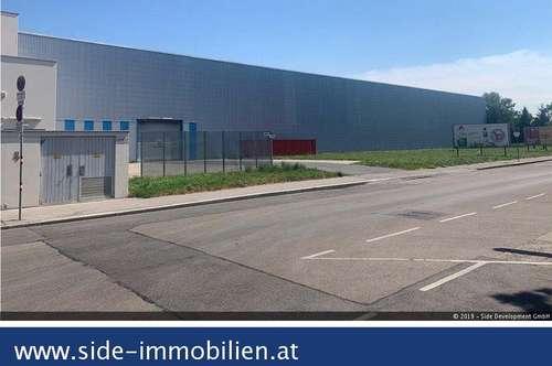 """Lagerhalle im """"Auhof Center"""" mit direktem Anschluss an die A1 West Autobahn"""