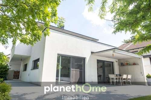 Stadtgrenze Wien! Moderne Architektenvilla!