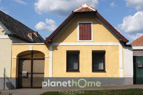 Liebevoll saniertes Bauernhaus im Zentrum