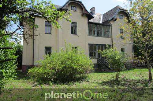 Jahrhundertwende-Villa in einer zentralen Ruhelage in Reichenau