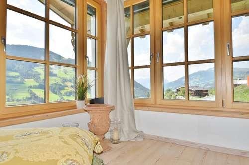 Jochberg: Gemütliche Wohnung mit offener Dachuntersicht und Terrasse