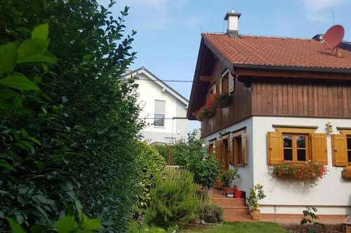 Knusperhaus mit Garten- Wohnglück zu erwarten!
