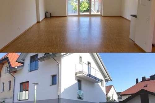! SINGLEHIT ! Moderne Mietwohnung im Obergeschoss mit Balkon, Erstbezug, in Zentrumsnähe!