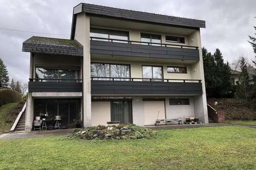 ! SCHNÄPPCHENPREIS ! Wohnhaus 1976, gut erhalten, für Großfamilien geeignet, 7 Zimmer, Hallenbad