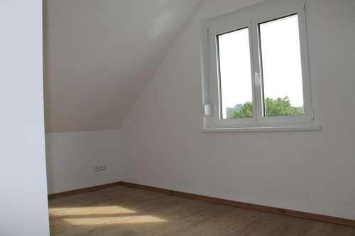 """""""Neubau mit Balkon"""""""