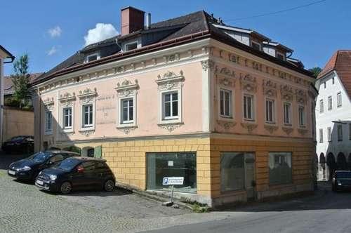 Denkmalgeschütztes Wohn/Geschäftshaus in Weyer mit Entwicklungspotenzial