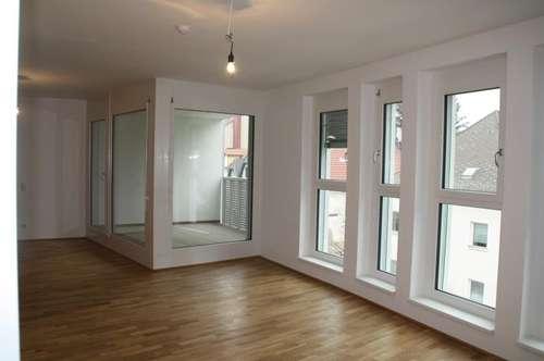 Wohlfühlen auf drei Etagen - von der Wohnküche bis zur Galerie mit Dachterrasse!