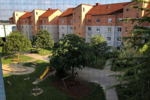 Asten: Gemütliche 100 m² Wohnung mit zwei Kinderzimmern!
