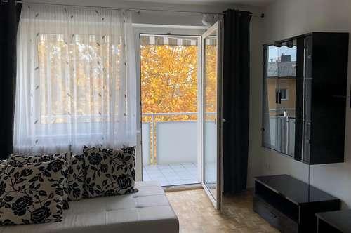 St. Florian: Moderne möblierte 58 m² Wohnung mit Balkon und traumhafter Fernsicht!