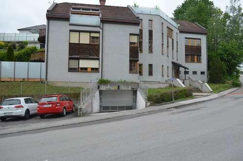 Puchenau: Helle 3-Zimmer Wohnung mit Terrasse und Tiefgaragenplatz