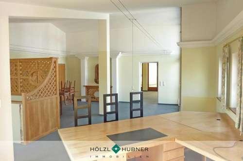Großzügige Wohn-/Bürokombination in Bergheim