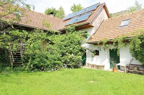 Bauernhaus mit Badeteich in idyllischer, erhöhter Ruhelage unweit von Graz
