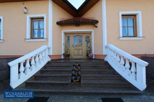 Attraktives Zweifamilienwohnhaus in Spillern - im Bezirk Korneuburg