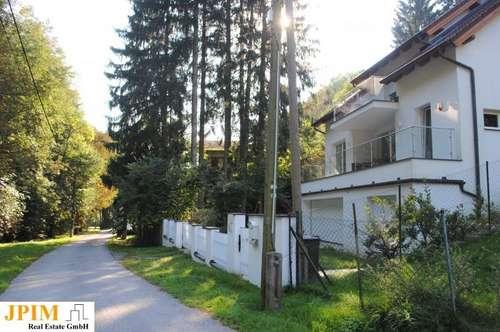 Moderne top gepflegte Villa in Grünruhelage!