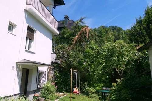 Charmante 3 Zimmer - Altbau-Etagenwohnung mit Terrasse und Gartennutzung- Maxglan