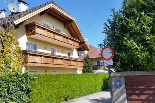 Extravagante Dachgeschoßwohnung - 2,5 Zimmer mit S Balkon und TG Platz - Maxglan