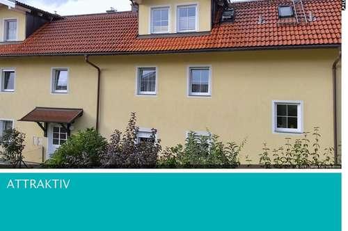 Sonnige 2 Zimmerwohnung mit Wintergarten und Parkplatz