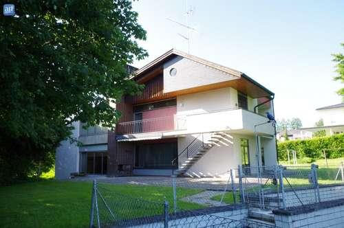 TOP-Gelegenheit : Großes Wohnhaus in Riedau !
