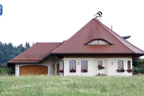 Wohnen und Erholen: Romantische Villa im Salzburger Seengebiet