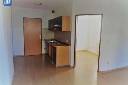 Kleine, nette Wohnung mit Balkon und Gartenbenützung nähe Ried!