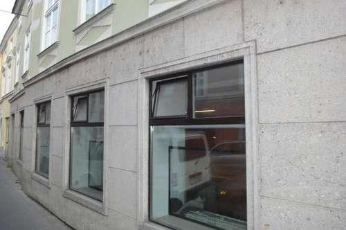 Geschäftslokal Nähe Rathausplatz - pauschal inklusive Heizung netto Euro 1.000,00