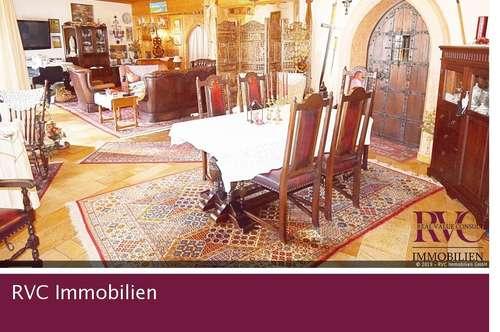 Idyllische Wohlfühloase mit Panoramablick und Schlosscharakter