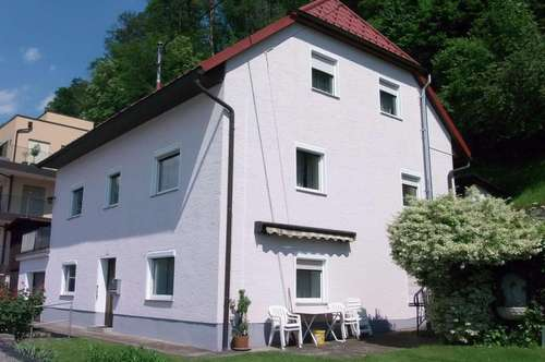 Wohnhaus mit Donaublick