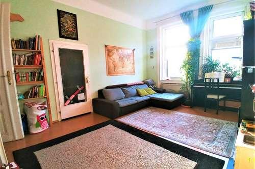 HÜTTELDORFER STRASSE! U3-Nähe, unbefristete 64 m2 Altbau, 2 Zimmer, Wohnküche, Wannenbad, Parketten