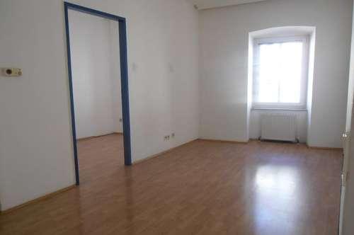 Stadtplatz Enns, zentrale 2 Zi. Wohnung 36 m² WNFL inkl. Küche im 2. OG, beste Infrastruktur!