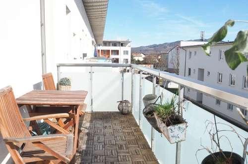 Urfahr! Sonnige 79 m² WNFL + 7 m² Balkon in urfahraner Ruhelage, 3 Zimmer, Parkplatz, Straßenbahnnähe!