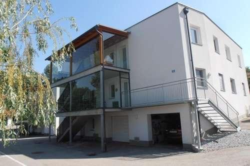 Tolle 4 Zi.Wohnung , 88 m² WNFL, südlichen Balkon 11 m², inkl. Garage und Stellplatz im Ortszentrum, schöne, ruhige Lage