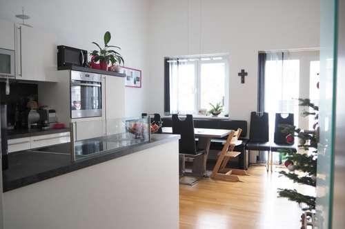 Gallneukirchen Zentrum! Ruhige helle 4-Zimmerwohnung 90 m² WNFL + 11 m² Balkon, 2 Parkplätze! Top 3