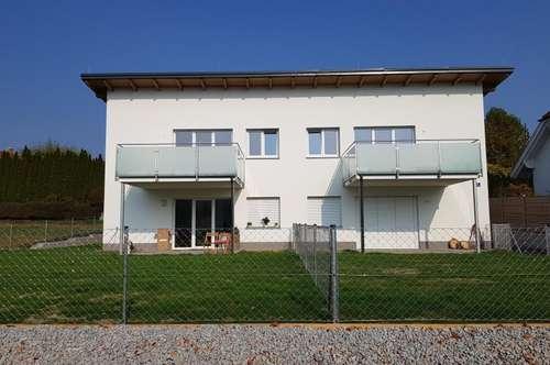 Provisionsfrei! Erstbezug! Sonnige 4-Zimmer-Wohnung Am Rothenbühl, 90 m² WNFL + Balkon + 2 Parkplätze! Top 4