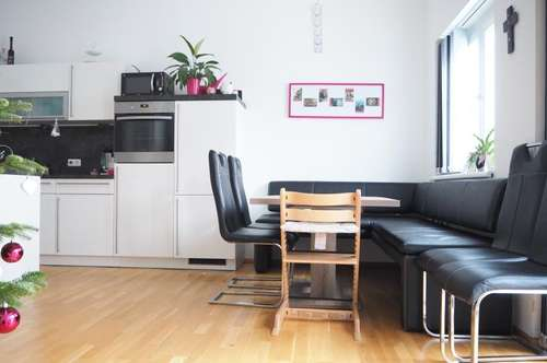 Ruhige helle 4-Zimmerwohnung, 90 m² WNFL + 11 m² Balkon, 2 Parkplätze! Top 3, Gallneukirchen Zentrum!