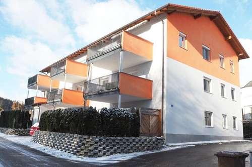 Altenberg Zentrum! Ruhige sonnige 100 m² + großem Balkon, Küche möbliert (ohne Ablöse), 4 Zimmer, 2 Parkplätze! Linznähe!