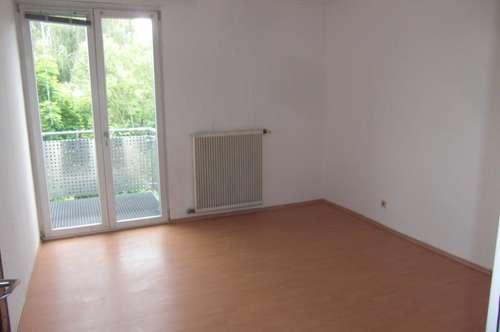 Steyr/Tabor, helle 3 Zi.- Wohnungen, 84 m² WNfl., WG geeignet, 2. OG, beste Infrastruktur!